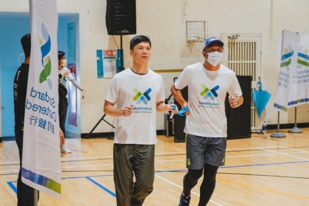 渣打馬視障陪跑訓練與夥伴進行中